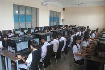 Để trở thành sinh viên Công nghệ thông tin cần có những kỹ năng gì?